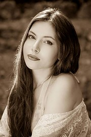 Elpida Chorianopoulou model (Ελπίδα Χωριανοπούλου μοντέλο). Photoshoot of model Elpida Chorianopoulou demonstrating Face Modeling.Face Modeling Photo #212870
