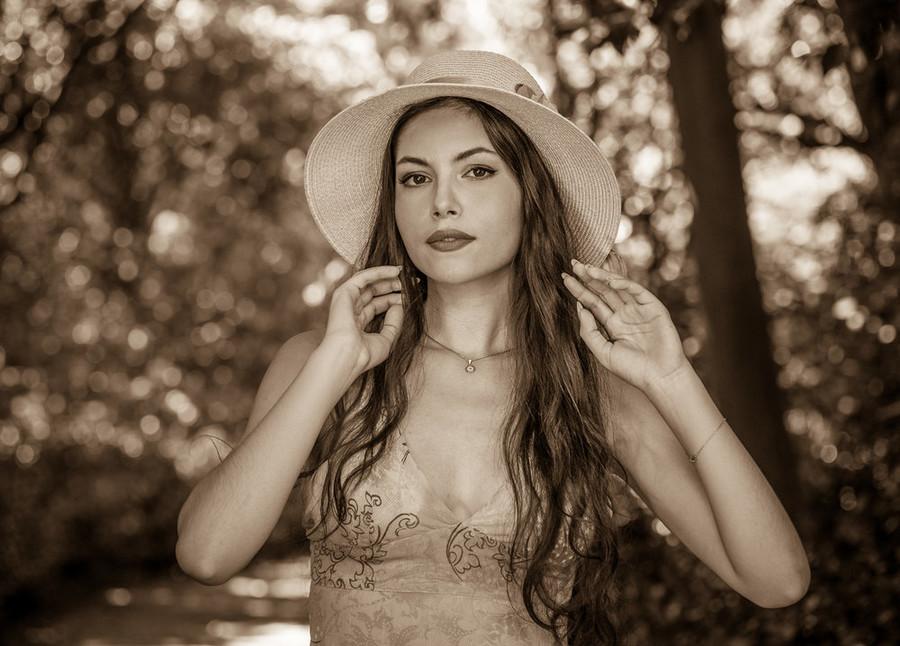 Elpida Chorianopoulou model (Ελπίδα Χωριανοπούλου μοντέλο). Photoshoot of model Elpida Chorianopoulou demonstrating Face Modeling.Face Modeling Photo #214233