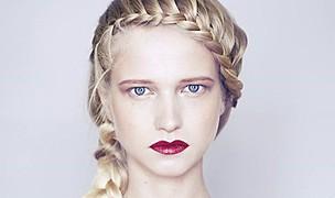Elsa Jolie hair stylist (coiffeur). Work by hair stylist Elsa Jolie demonstrating Fashion Hair Styling.BraidsFashion Hair Styling Photo #64341
