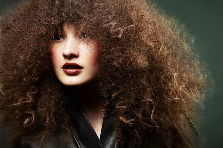 Elsa Jolie hair stylist (coiffeur). Work by hair stylist Elsa Jolie demonstrating Fashion Hair Styling.Fashion Hair Styling Photo #64343