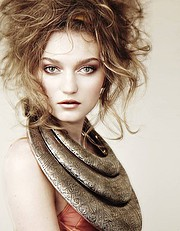 Elsa Jolie hair stylist (coiffeur). Work by hair stylist Elsa Jolie demonstrating Fashion Hair Styling.Fashion Hair Styling Photo #64346