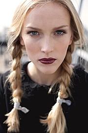 Emily Cusens Hair Stylist & Makeup Artist