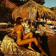 Emily Tsar model (μοντέλο). Photoshoot of model Emily Tsar demonstrating Body Modeling.Body Modeling Photo #191150