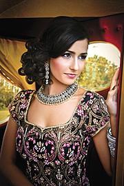 Emma Singh model. Photoshoot of model Emma Singh demonstrating Face Modeling.Face Modeling Photo #55209