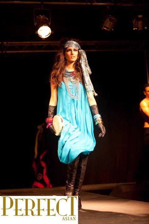 Emma Singh model. Photoshoot of model Emma Singh demonstrating Runway Modeling.Runway Modeling Photo #127496