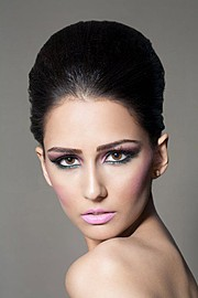 Emma Singh model. Photoshoot of model Emma Singh demonstrating Face Modeling.Face Modeling Photo #75512