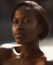 Eni Majek model. Photoshoot of model Eni Majek demonstrating Face Modeling.Face Modeling Photo #190613