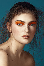 Era Gjoni model (modele). Era Gjoni demonstrating Face Modeling, in a photoshoot by Renuar Locaj.photographer: Renuar LocajFace Modeling Photo #180133