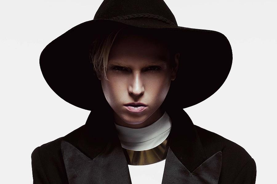 Erica Matthews fashion stylist. styling by fashion stylist Erica Matthews. Photo #149307
