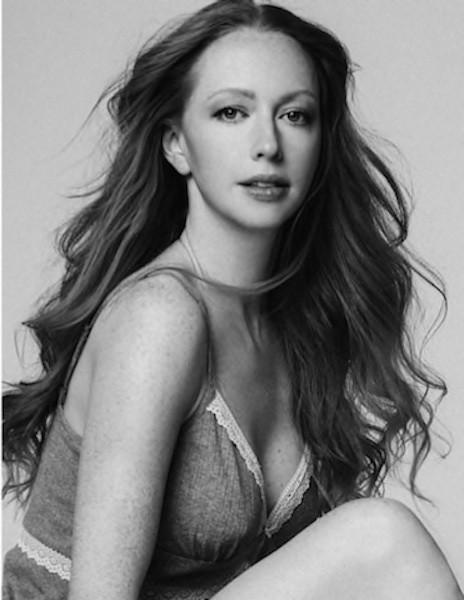 Erika Lucas model. Photoshoot of model Erika Lucas demonstrating Face Modeling.Face Modeling Photo #146230