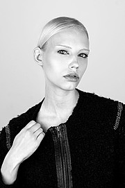 Erika Myrvik model. Erika Myrvik demonstrating Face Modeling, in a photoshoot by Casper Lundemann.photographer Casper LundemannFace Modeling Photo #118069