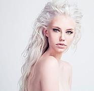 Erika Myrvik model. Photoshoot of model Erika Myrvik demonstrating Face Modeling.Face Modeling Photo #170063