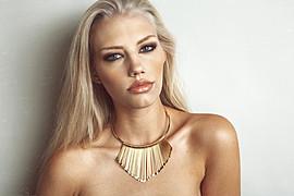 Erika Myrvik model. Photoshoot of model Erika Myrvik demonstrating Face Modeling.NecklaceFace Modeling Photo #56556