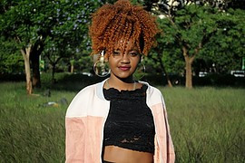 Esther Phyllis Wairimu model. Photoshoot of model Esther Phyllis Wairimu demonstrating Face Modeling.Outdoor shootFace Modeling Photo #191289