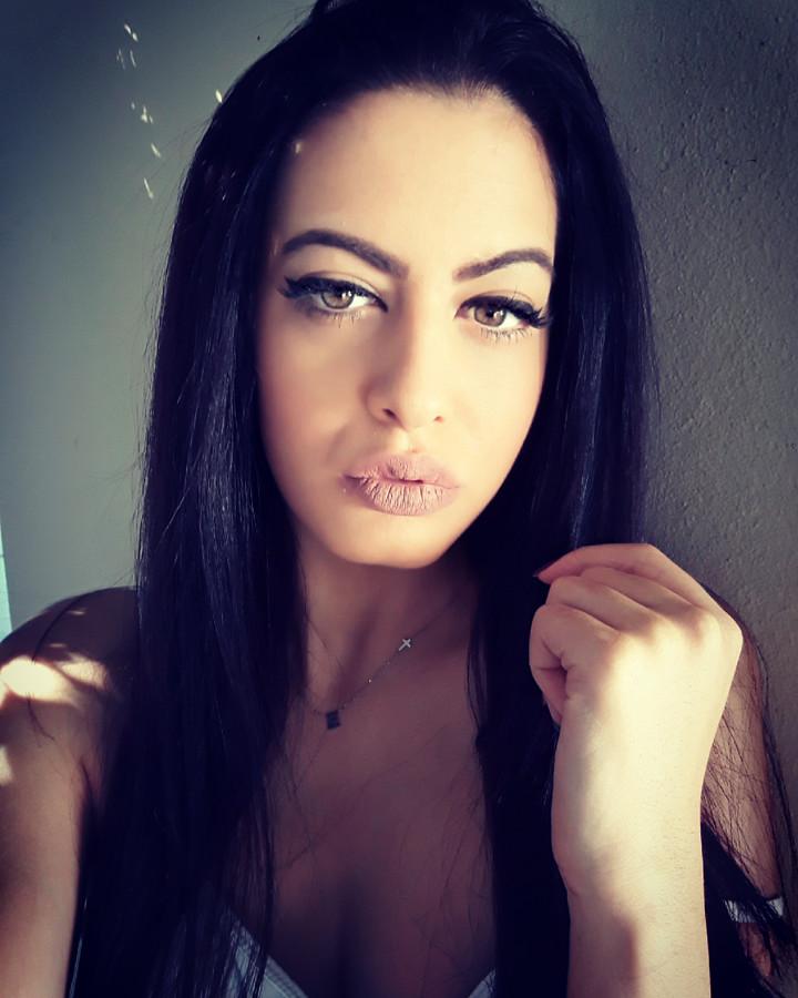 Eva Kallona Μοντέλο