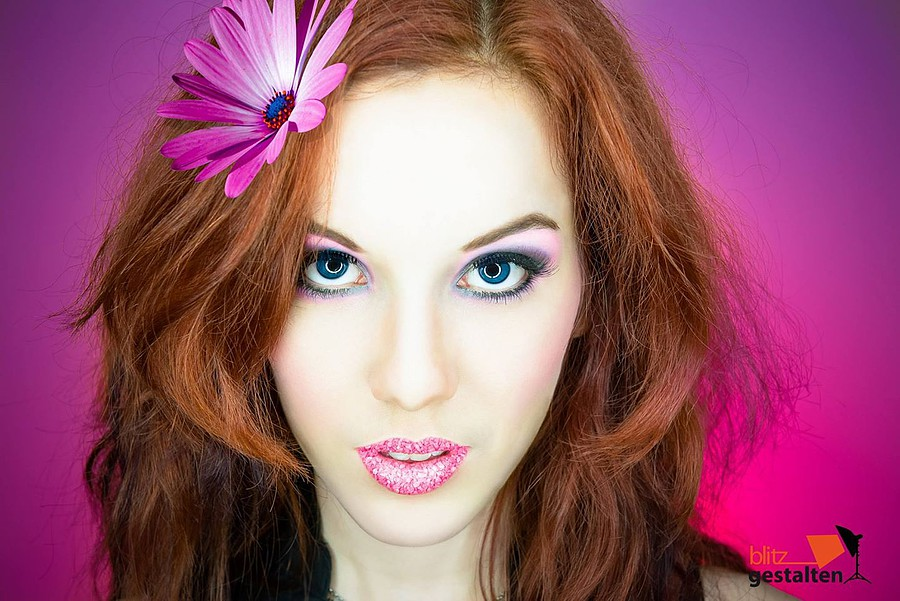 Eva Lilienthal model (modell). Photoshoot of model Eva Lilienthal demonstrating Face Modeling.Face Modeling Photo #85121
