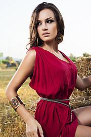 Eva Murati model (modele). Photoshoot of model Eva Murati demonstrating Fashion Modeling.Bracelet,EarringsFashion Modeling Photo #96152