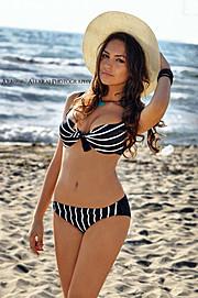 Eva Murati model (modele). Photoshoot of model Eva Murati demonstrating Body Modeling.Body Modeling Photo #96235