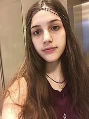 Evelyna Davliakou model (μοντέλο). Photoshoot of model Evelyna Davliakou demonstrating Face Modeling.Face Modeling Photo #181127