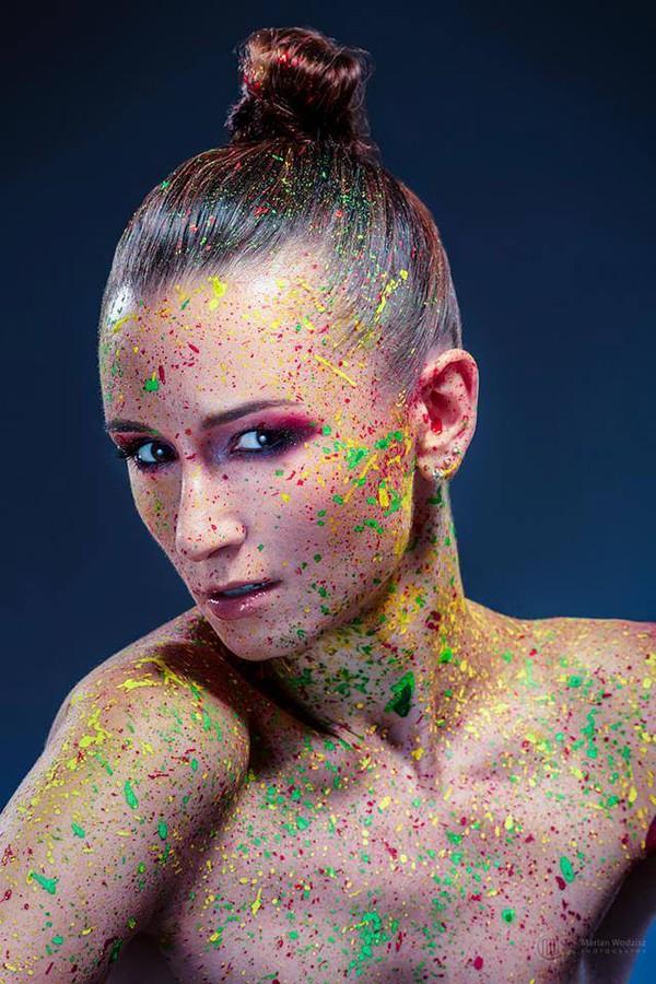 Ewa Paczkowska model & makeup artist. Photoshoot of model Ewa Paczkowska demonstrating Face Modeling.Face Modeling Photo #129224