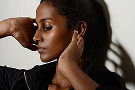 Farhana Mazlan model. Photoshoot of model Farhana Mazlan demonstrating Face Modeling.Face Modeling Photo #104596