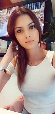 Fatma Farah Model