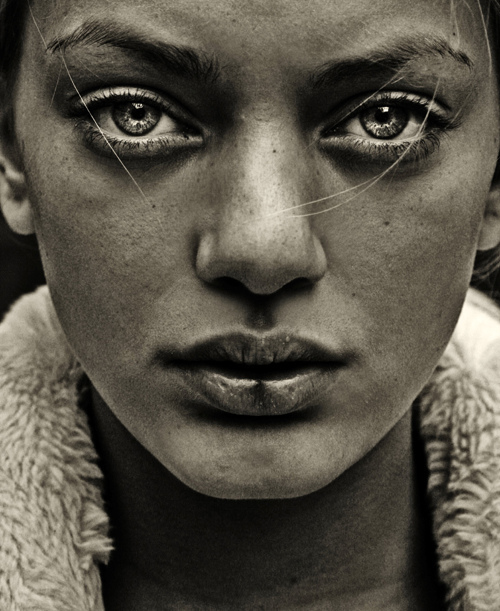 Federica Erra photographer (fotografo). Work by photographer Federica Erra demonstrating Portrait Photography.Portrait Photography Photo #92659