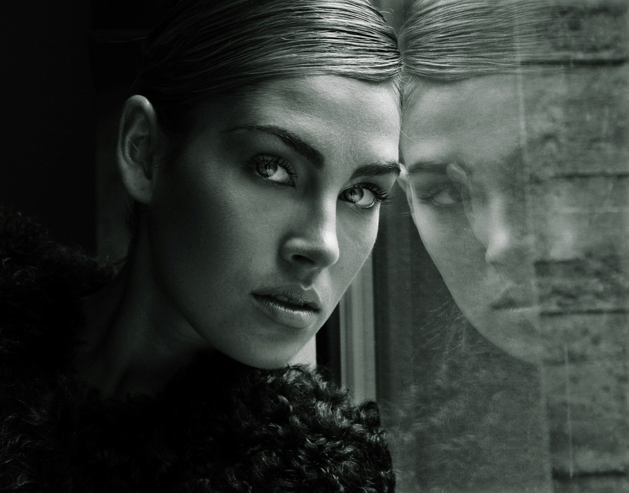 Federica Erra photographer (fotografo). Work by photographer Federica Erra demonstrating Portrait Photography.Portrait Photography Photo #92678