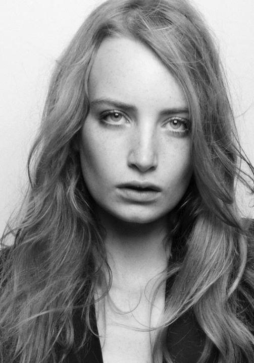 Flag Models Brussels modeling agency (modellenbureau). casting by modeling agency Flag Models Brussels. Photo #46437
