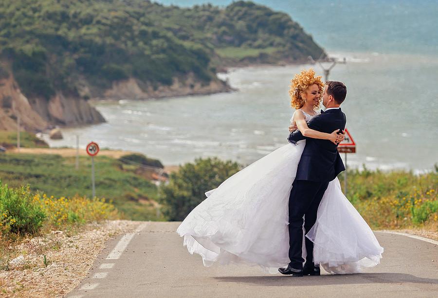 Flor Abazi photographer (fotograf). Work by photographer Flor Abazi demonstrating Wedding Photography.dasma shqiptareWedding Photography Photo #129066