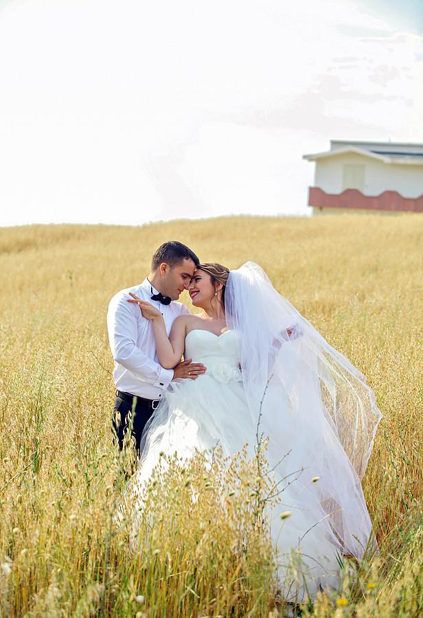 Flor Abazi photographer (fotograf). Work by photographer Flor Abazi demonstrating Wedding Photography.Wedding Photography Photo #152949