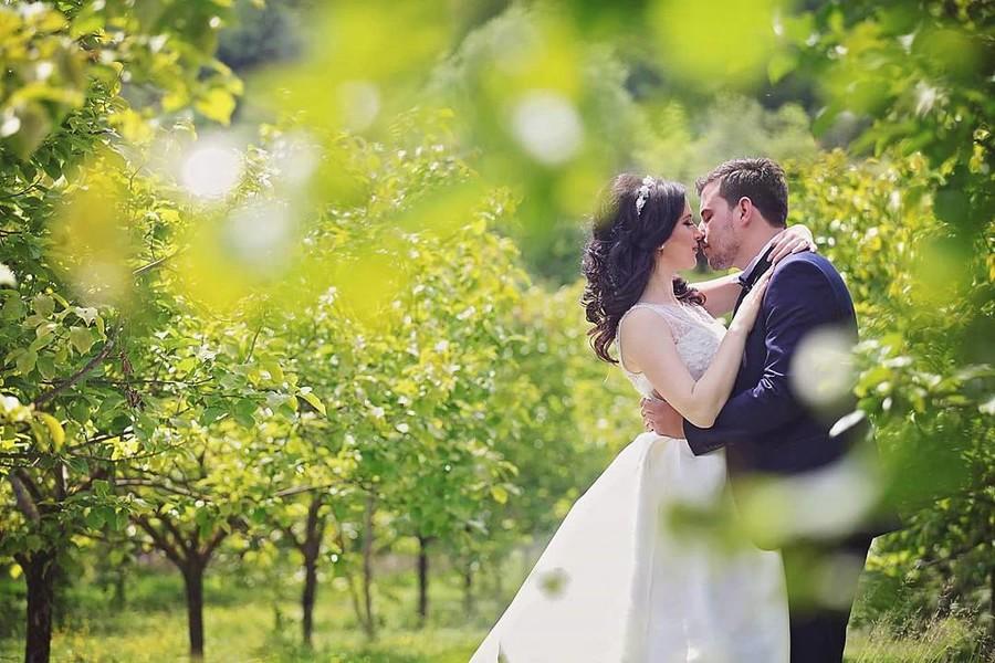 Flor Abazi photographer (fotograf). Work by photographer Flor Abazi demonstrating Wedding Photography.Wedding Photography Photo #178599