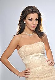 Floriana Garo model (modele). Photoshoot of model Floriana Garo demonstrating Face Modeling.Face Modeling Photo #116786
