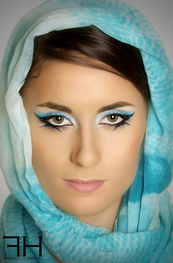 Florina Ursache makeup artist. Work by makeup artist Florina Ursache demonstrating Beauty Makeup.Portrait Photography,Beauty Makeup Photo #59971