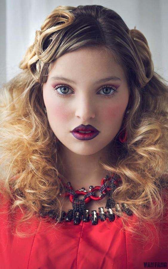 Fran Collazo fashion stylist. styling by fashion stylist Fran Collazo.Necklace Photo #45804