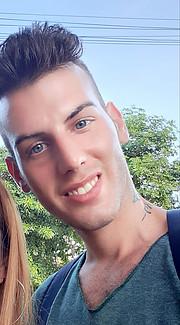Francesco Nocera model. Photoshoot of model Francesco Nocera demonstrating Face Modeling.Face Modeling Photo #230736