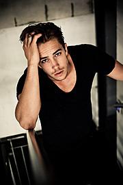 Fredrik Skogsrud model (modell). Photoshoot of model Fredrik Skogsrud demonstrating Face Modeling.Face Modeling Photo #80661