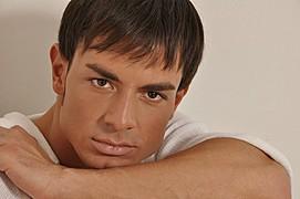 Gennaro Di Bernardo model. Photoshoot of model Gennaro Di Bernardo demonstrating Face Modeling.Face Modeling Photo #123313