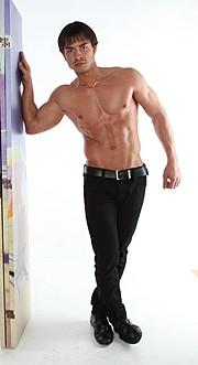 Gennaro Di Bernardo model. Photoshoot of model Gennaro Di Bernardo demonstrating Body Modeling.Body Modeling Photo #123320