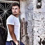 Giannis Skouras Μοντέλο