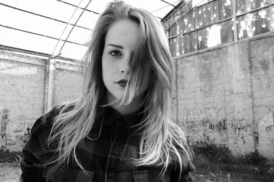 Giorgia Coccia model (modella). Photoshoot of model Giorgia Coccia demonstrating Face Modeling.Face Modeling Photo #147534