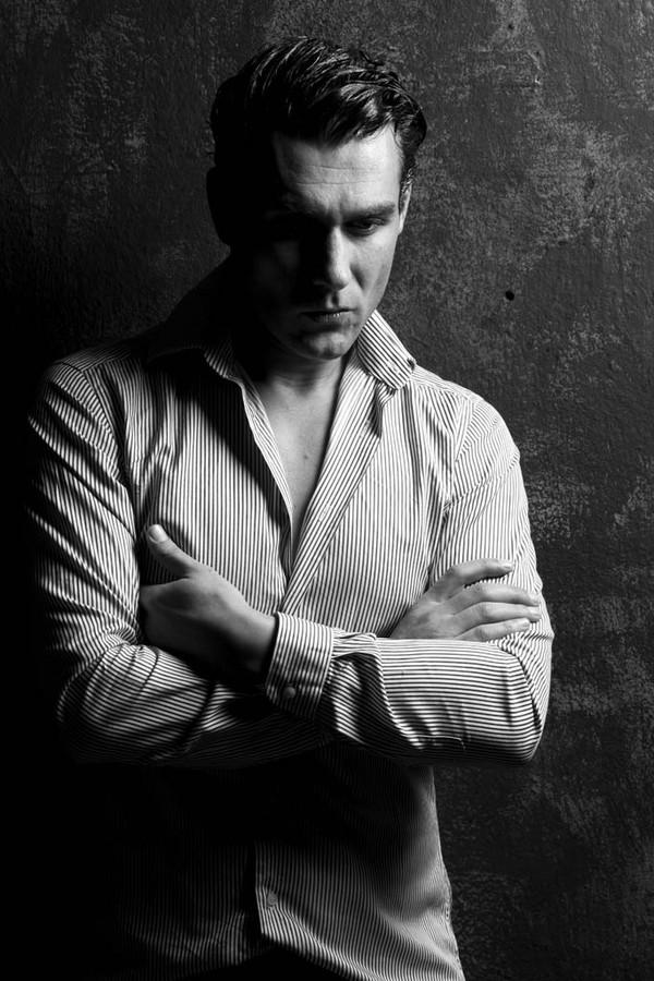 Giorgio Charisi model (Γιώργος Χαρίσης μοντέλο). Photoshoot of model Giorgio Charisi demonstrating Face Modeling.Face Modeling Photo #108837