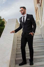 Giorgos Klouvatos model (μοντέλο). Photoshoot of model Giorgos Klouvatos demonstrating Fashion Modeling.SuitFashion Modeling Photo #189721