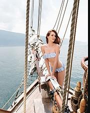 Giulia Nicole Magro model (modella). Giulia Nicole Magro demonstrating Body Modeling, in a photoshoot by Alberto Buzzanca.photographer: alberto buzzancaBody Modeling Photo #214700