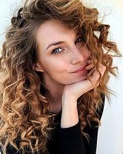 Giulia Nicole Magro model (modella). Photoshoot of model Giulia Nicole Magro demonstrating Face Modeling.Face Modeling Photo #214704