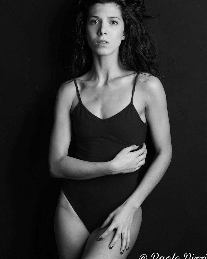 Giulia Ramires modella attore. Photoshoot of model Giulia Ramires demonstrating Body Modeling.Body Modeling Photo #195805
