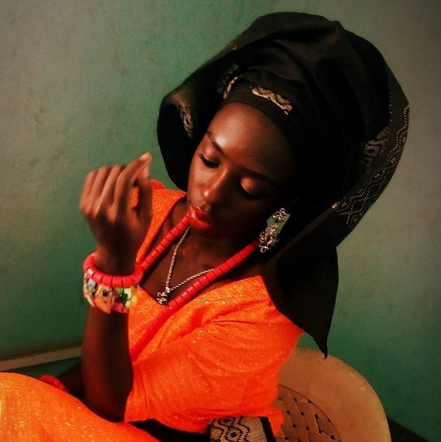 Grace Owoseni model. Photoshoot of model Grace Owoseni demonstrating Face Modeling.Face Modeling Photo #177205