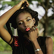 Grace Owoseni model. Photoshoot of model Grace Owoseni demonstrating Face Modeling.Face Modeling Photo #177208