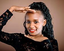 Grace Wanjiru commercial fashion model. Photoshoot of model Grace Wanjiru demonstrating Face Modeling.Face Modeling Photo #227797
