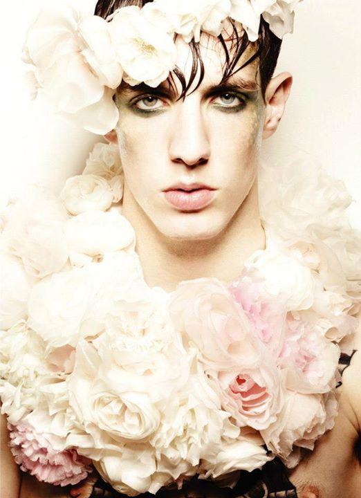 Guilaine Frichot makeup artist (maquilleur). Work by makeup artist Guilaine Frichot demonstrating Fashion Makeup.Fashion Makeup Photo #48536